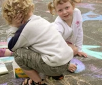 13-the-kids-get-into-chalk
