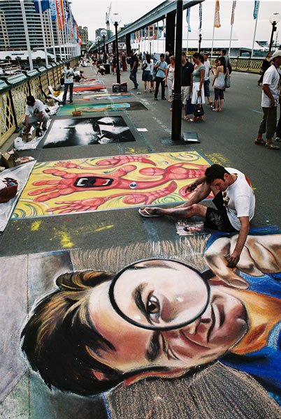 Garry Donnellan, Champion Pavement Artist, Chalk Urban Art Festival 2005